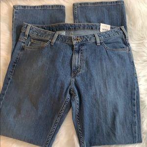 NWT Carhartt women jeans 12x34 curvy fit